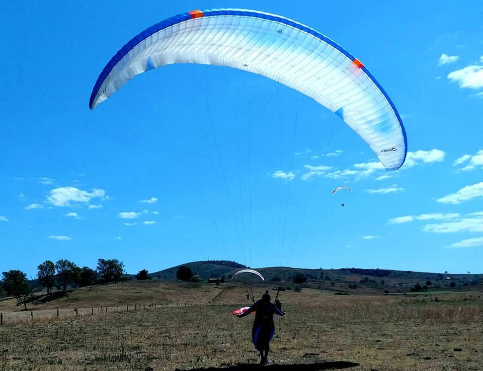 Flow Fusion Light - Paraglider Flow Flusion Light landing
